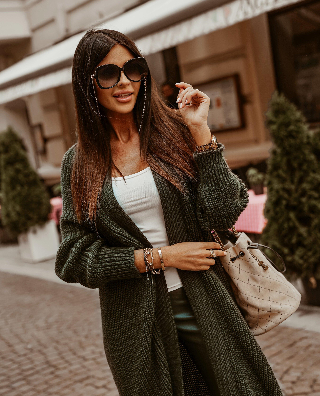 Dámsky dlhý khaki sveter (Dámsky dlhý khaki sveter)