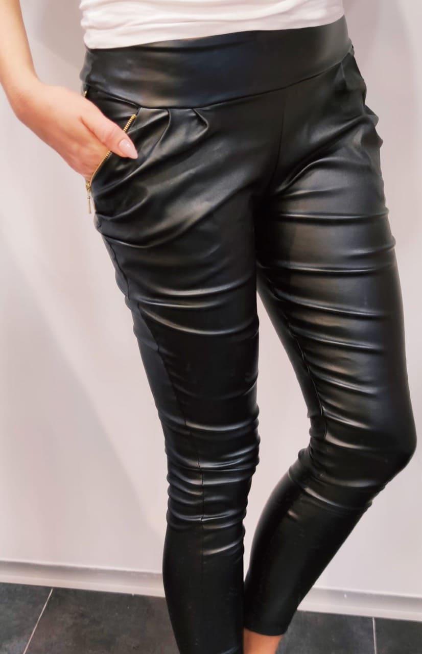 Dámske čierne koženkové nohavice (Dámske čierne koženkové nohavice)