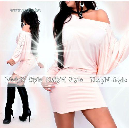 Dámske broskyňové šaty (Dámske broskyňové šaty)