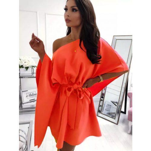 Dámske oranžové šaty (Dámske oranžové šaty)