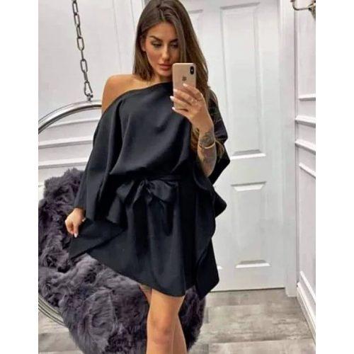 Dámske čierne šaty (Dámske čierne šaty)