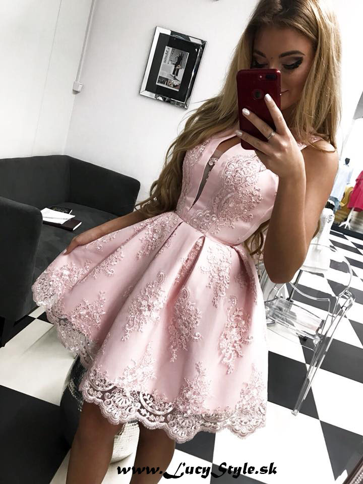 Spoločenské krátke šaty s čipkou,ružové (Luxusné spoločenské krátke šaty s čipkou,ružové)