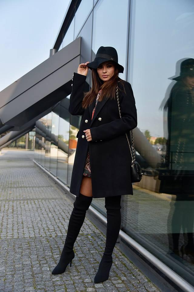 Dámsky elegantný čierny kabátik (Dámsky elegantný čierny kabátik) 740093f318f