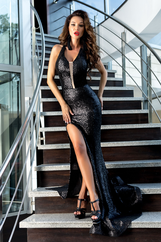 Luxusné spoločenské šaty  c98582aad84
