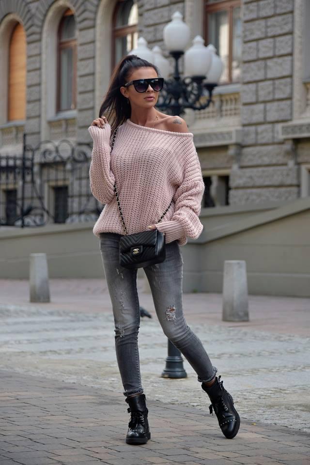 Dámsky sveter (Štýlový dámsky sveter,pudrovy)
