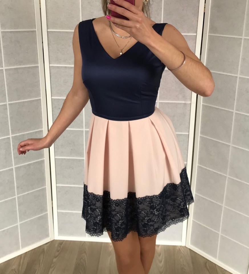 Krásne jednoduché spoločenské šaty (Krásne jednoduché spoločenské šaty )