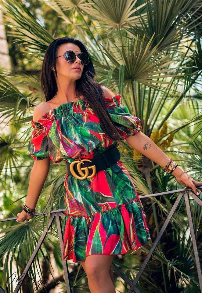 Dámske kvetované šaty (Trendy dámske kvetované šaty )