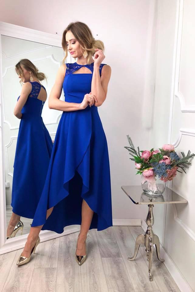 Spoločenské šaty v královsky modrej farbe (Krásne jednoduché spoločenské šaty v kraľovsky modrej farbe)