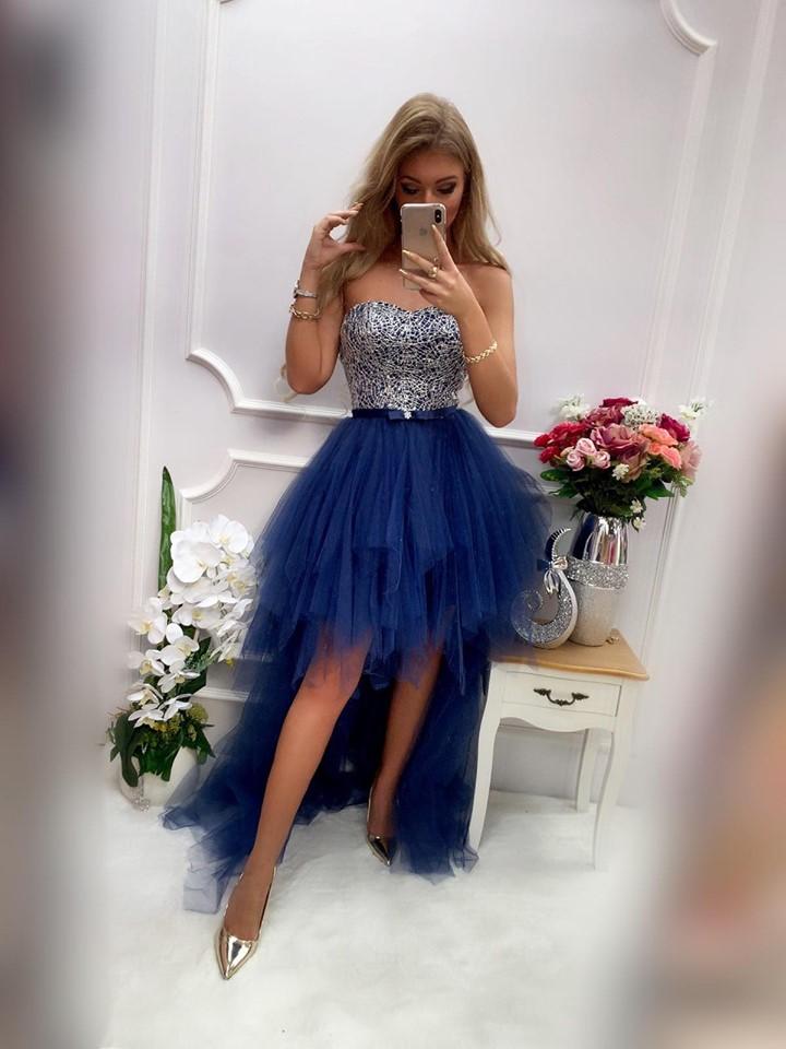 Dámske spoločenské šaty v tmavo modrej farbe (Dámske spoločenské šaty v tmavo modrej farbe)