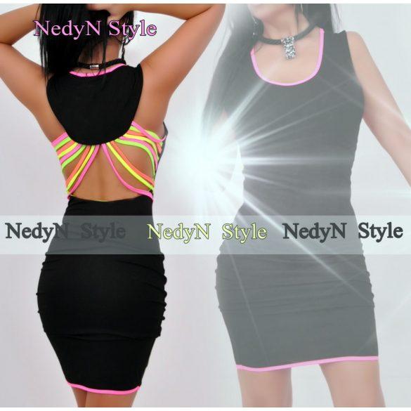 Dámske čierne šaty s odhaleným chrbtom (Dámske čierne šaty s odhaleným chrbtom)