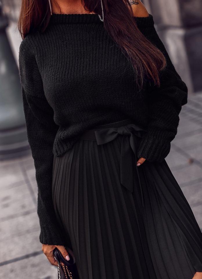 Dámsky čierny sveter (Dámsky čierny sveter)