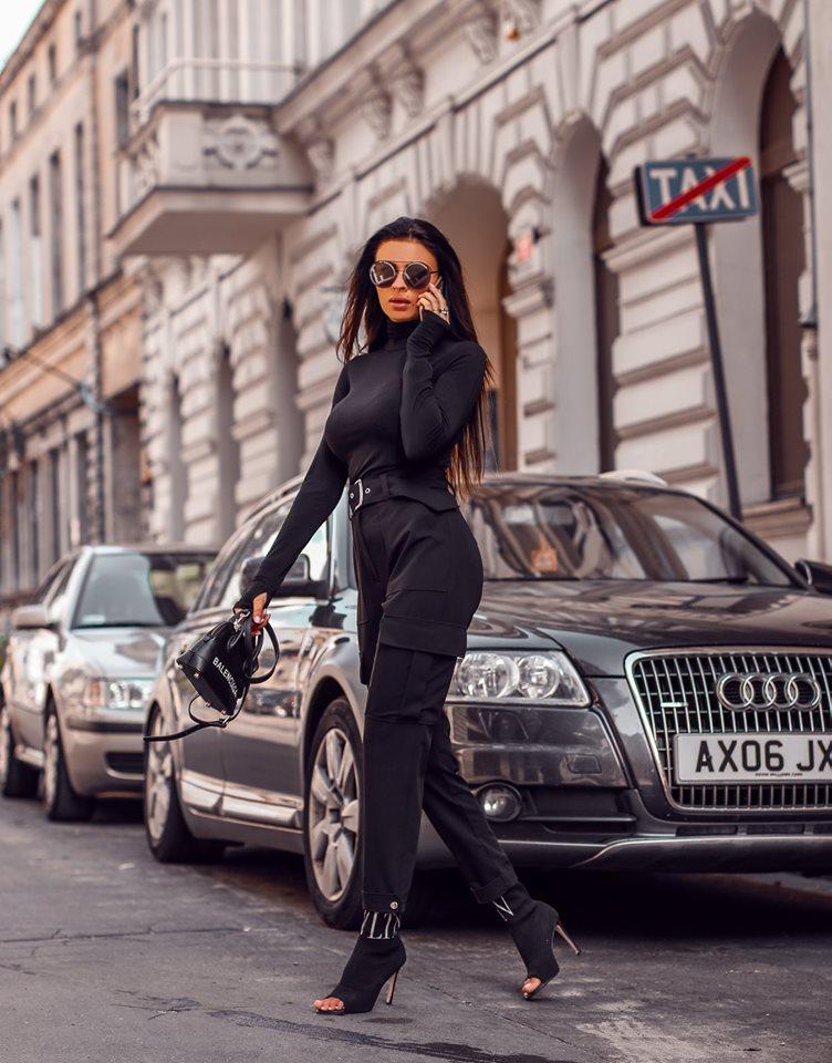 Dámske čierne kapsače (Dámske čierne kapsače)
