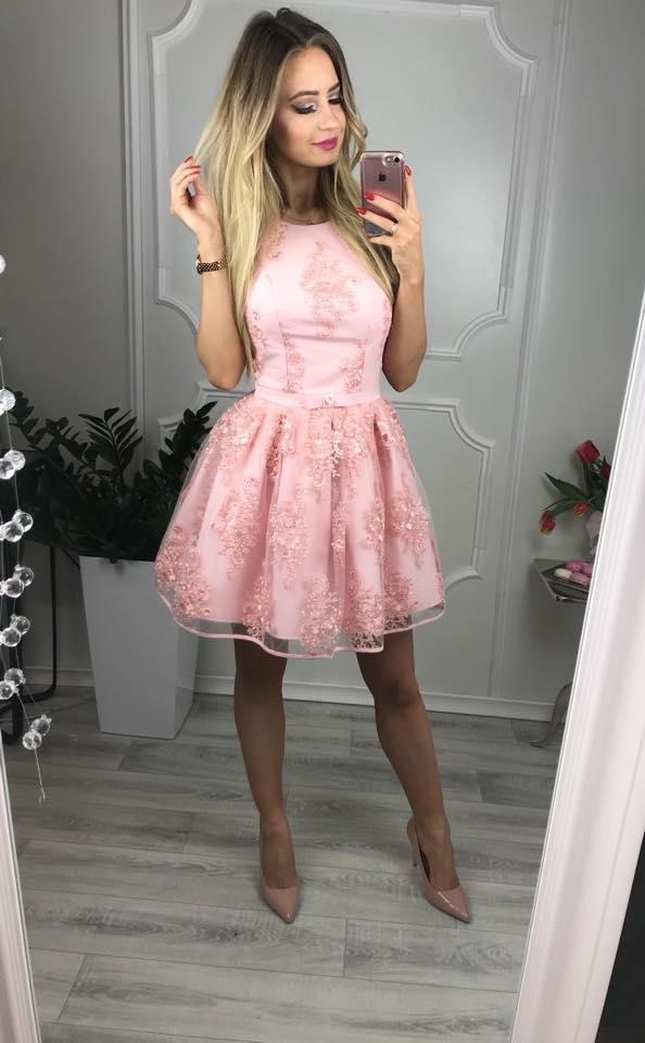 Krásne krajkové spoločenské šaty, ružové (Krásne krajkové spoločenské šaty, ružové)