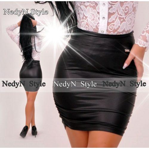 Dámska čierna sukňa (Dámska čierna sukňa)