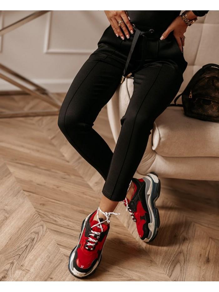 Dámske čierne teplákové nohavice (Dámske čierne teplákové nohavice)
