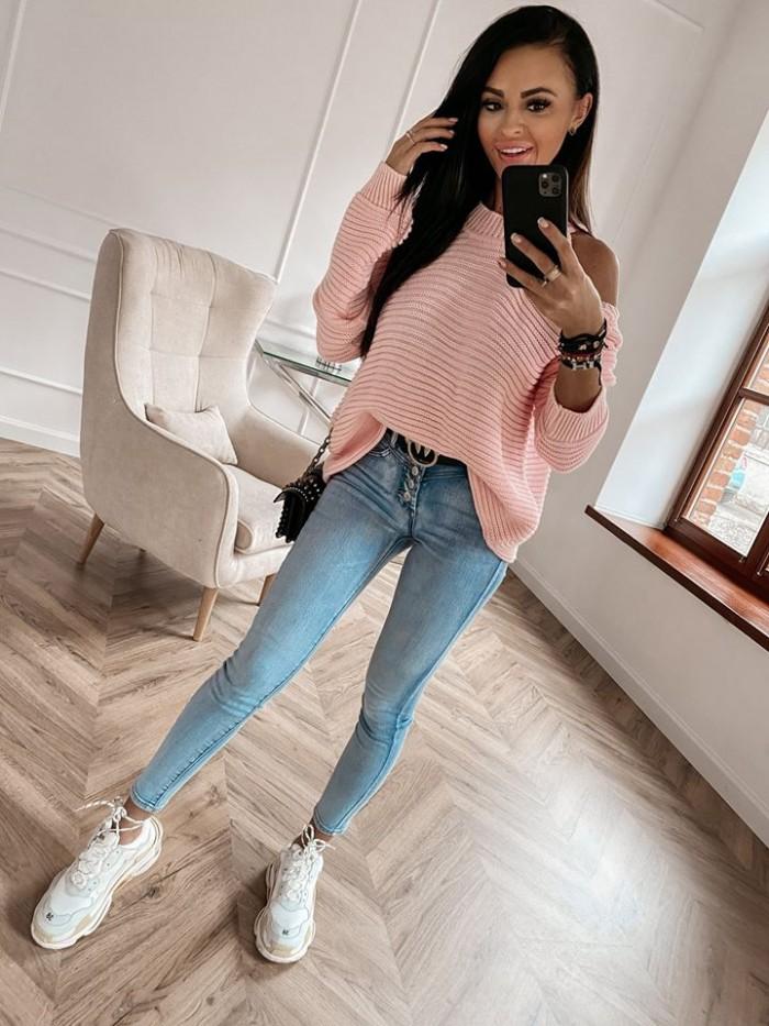 Dámsky púdrový sveter (Dámsky púdrový sveter)