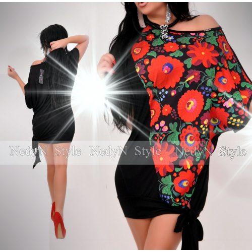 Dámska čierna tunika s kvetovaným vzorom (Dámska čierna tunika s kvetovaným vzorom)