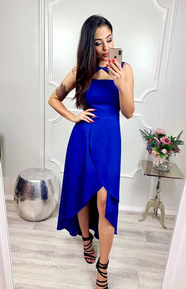 b078572d8266 Kompletné špecifikácie. Krásne a jednoduché spoločenské šaty v kráľovský  modrej ...